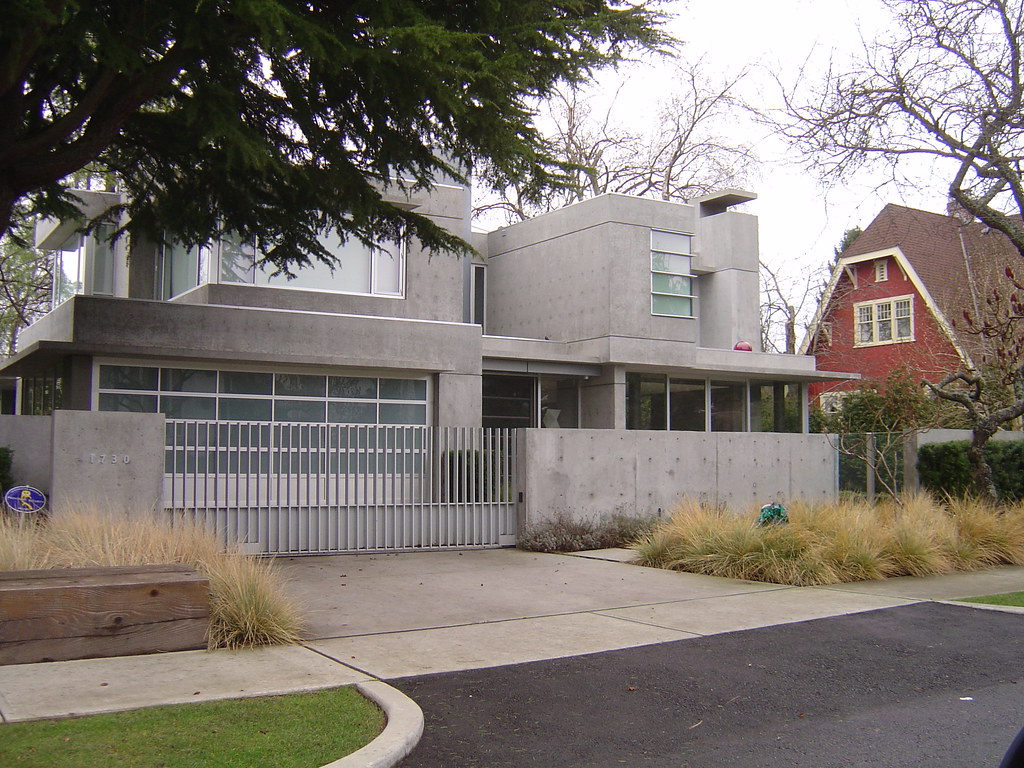 Concrete House in Vancouver